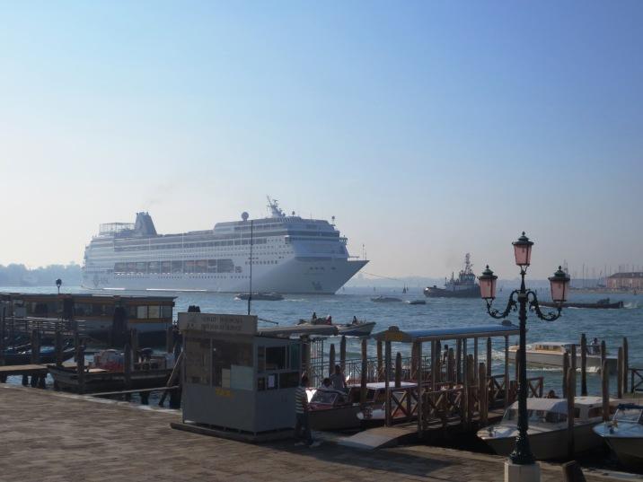 Cruise looms closer