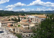 Vaison medieval village - view to the town