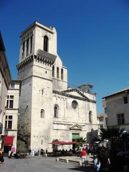 Nimes church