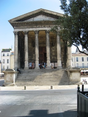 Nimes - Roman temple front view