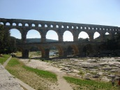 Pont du Gard -span of the bridge