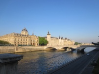 The Seine in the early morning sun