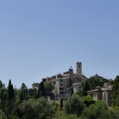 St Paul de Vence comes into View