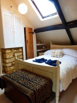 Top floor bedroom in Brook Lane
