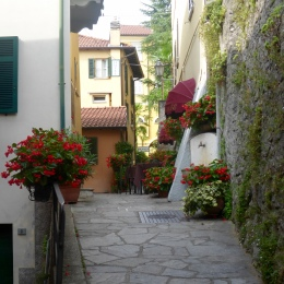 Pathway at the topside of Casa Rossa