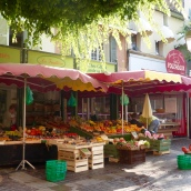 Sainte-Maxime fruit stall