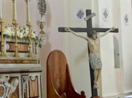 Stunning crucifix