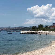 Podstrana has lovely bays to chose from