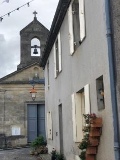 Tiny church in Rauzan